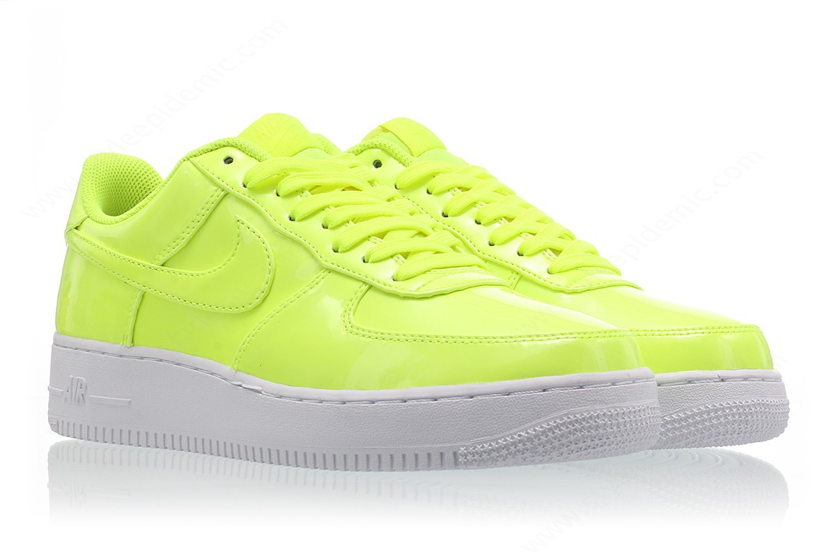 Mens Nike Air Force ' Lv8 Uv Volt/volt-White-White - -2